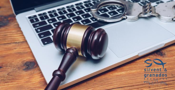 ¿Qué es un delito informático?